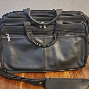 Kenneth Cole Black Leather Laptop/Briefcase